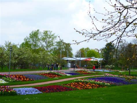 Britzer Garten La by Der Britzer Garten Oder Den Kopf Kriegen Im Gr 252 N Bunten
