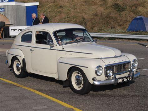 File:Volvo PV 544 dutch licence registration DM-36-98 pic4 ...