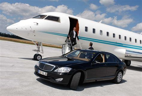 Airport Transportation Service by Immense Benefits Of Hiring Airport Limo Services In Miami