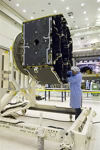 ESA Science & Technology: LISA Pathfinder Science Module ...