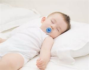 When to give a baby a pillow popsugar moms for Baby pillow safe for newborn