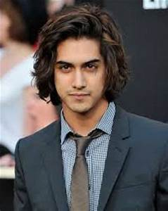 10 Facts about Avan Jogia | Fact File