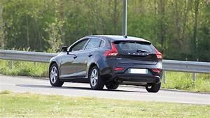 Avis Volvo V40 : test volvo v40 2 0 d3 150 cv 11 11 avis 15 6 20 de moyenne fiabilit consommation ~ Maxctalentgroup.com Avis de Voitures