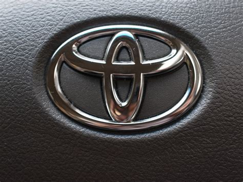 cool toyota logos everything about all logos toyota logo pictures