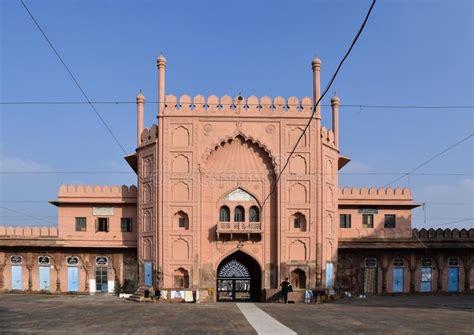 jama masjid  taj ul masjid  mosque stock photo image