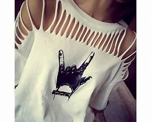 Buy design cut out graphic t shirt picomoda online for T shirt design ideas cutting