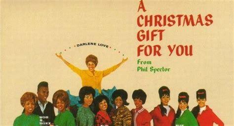 Egy Karácsonyi Lemez Epikus Bukása