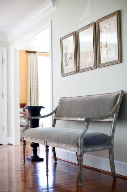 Small Settees by 14 Settees And Lounges That Work Magic In Small Spaces
