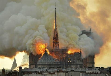 notre dame fire   haunting pictures   paris