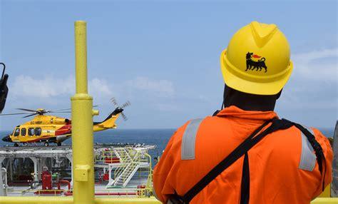 italys eni starts oil production offshore angola