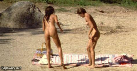 Jennifer Connelly Nue Dans The Hot Spot