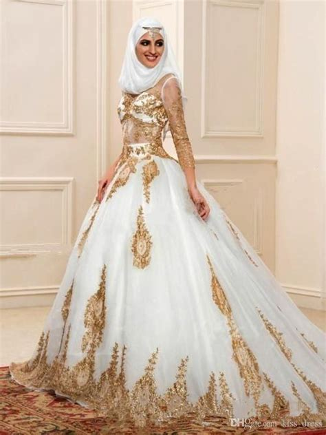 newest white  gold muslim wedding dresses  long