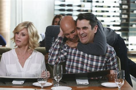 modern family season 7 episode 10 quot playdates quot guide