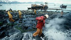 Retro Report | Oil Spills in the Wake of the Exxon Valdez ...
