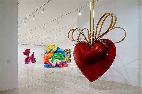 koons  duchamp show  mexicos museo jumex attracted