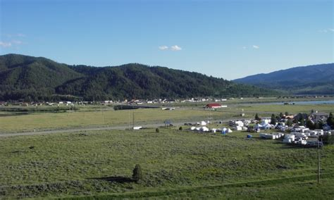 alpine wyoming wy hotels lodging real estate info
