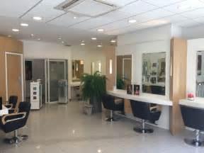 salon de coiffure dax dessange