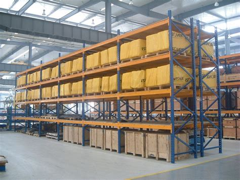 Single Access Long Span Warehouse Racking System For