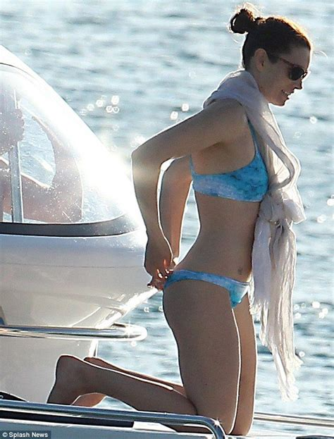 Boats And Hoes Justin Timberlake by Biel Indulges In Water Sports With Justin
