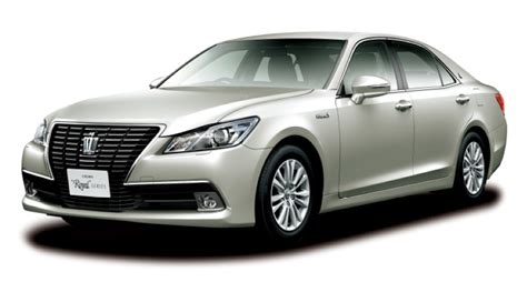 toyota company latest models toyota launches new 39 crown 39 series sedans in japan