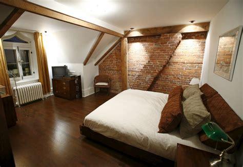 chambre grenier splendeur urbaine dans le vieux québec michèle