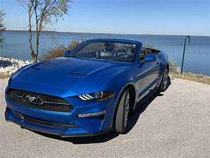 The 2020 Mustang Convertible 2.3L with the High ...