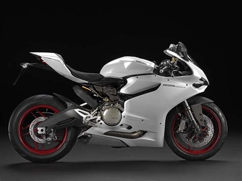 Ducati 899 Panigale by 2014 Ducati 899 Panigale Revealed Motorcycle News