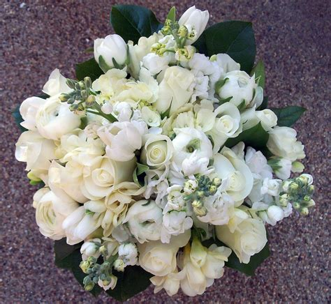 Wedinstyle Girls The Best Of Spring Wedding Bouquets