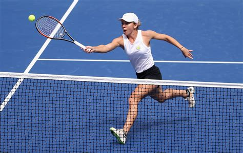 Simona Halep And Coach Darren Cahill Have Split | The WTA No. 1 is now on the hunt for a new coach.