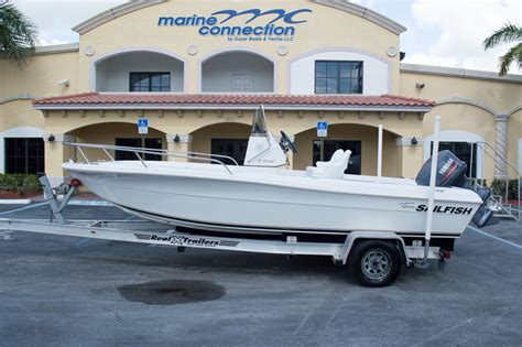 Sailfish Boats Gelcoat by Used 1998 Sailfish 198 Center Console Boat For Sale In