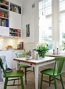 Küchentisch Mit Stühle : k chentisch mit st hlen ausgestattet ~ Michelbontemps.com Haus und Dekorationen