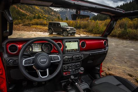 jeep cars inside 2018 jeep wrangler jl interior detailed in new photos