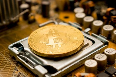 How to buy bitcoins with naira online. Bitcoin Price On Fire, BTC Price Worth Over 10 Million Nigeria Currency