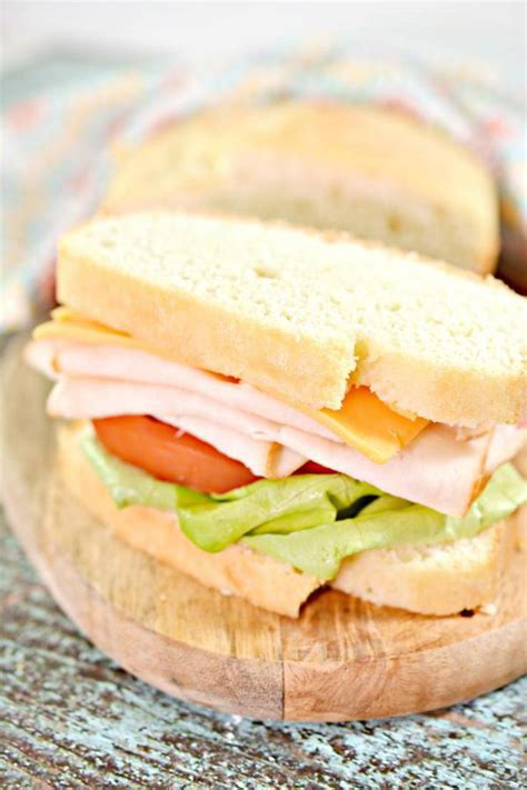 It's a fantastic low carb sandwich bread that's similar to real bread! Keto Bread! BEST Low Carb Keto Sandwich Loaf Bread Idea ...