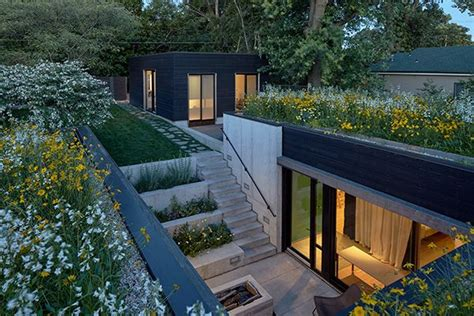 17 Best Ideas About Courtyard House On Pinterest