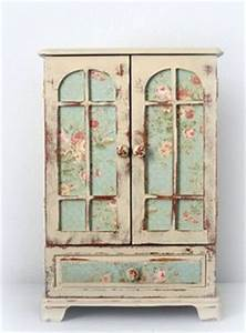 Furniture decoupage ideas my desired home for Kitchen cabinets lowes with set de table papier