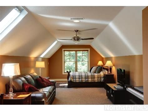 Garage With Room Above  Guest Room Over The Garage? Yes