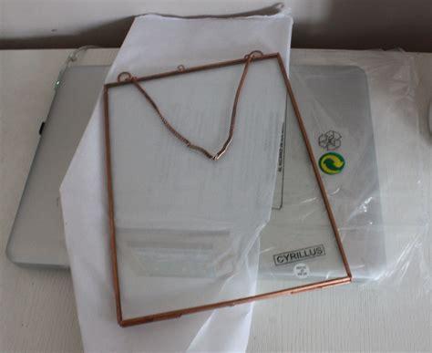 cadre photo en verre a chainette