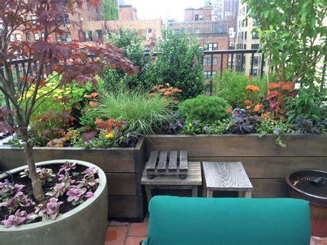 apartment balcony vegetable garden ideas balcony ideas small apartment balcony vegetable