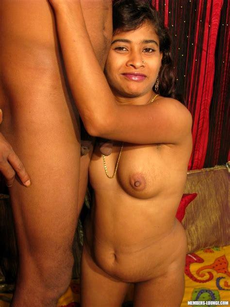 Babe Today Indian Sex Lounge Indiansexlounge Model Emotional Desi Park Porn Pics
