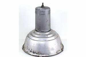 Lampe Industrial Style : alte lampe im industrial style ~ Markanthonyermac.com Haus und Dekorationen