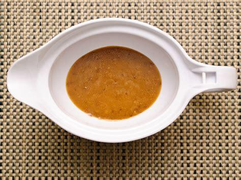 how to make brown gravy 3 ways to make brown gravy wikihow