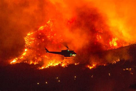 A series of 29 wildfires ignited across southern california in december 2017. California fires burn record 800,000 hectares   Free ...