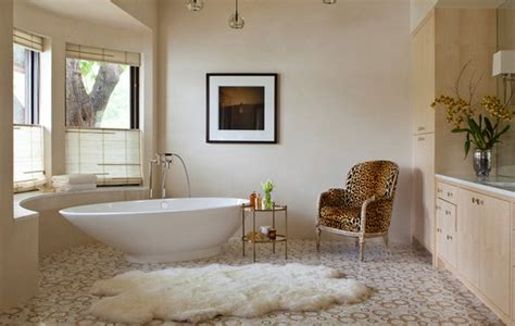 Rugs With Animal Prints For Luxury Bathrooms