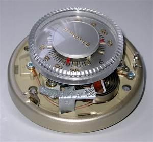File Honeywell Thermostat Open Jpg