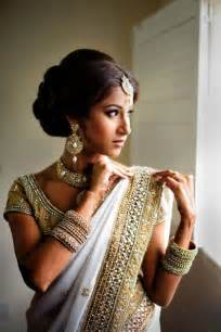 white ornaments and light makeup with white and golden saree wedding makeup hairstyles