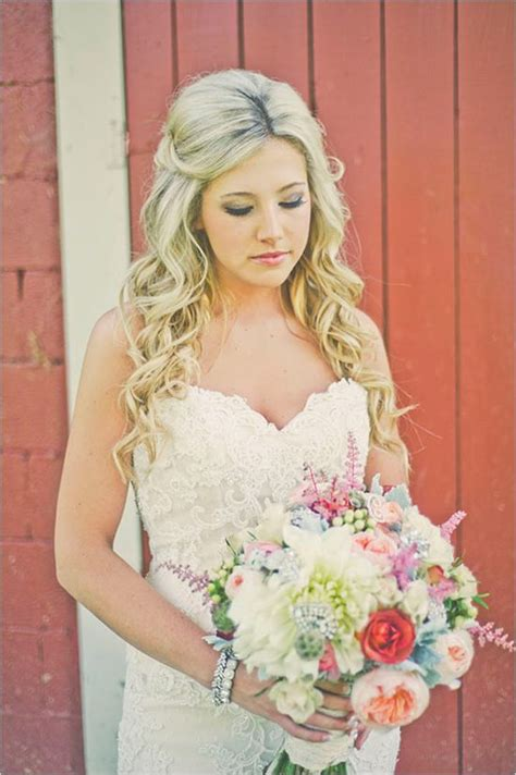 25+ Best Ideas About Country Wedding Hairstyles On