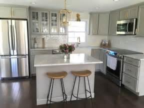 kitchen renos ideas best 25 small kitchen renovations ideas on pinterest kitchen reno kitchen layout diy and