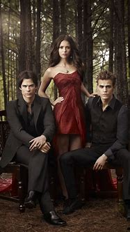 All about The Vampire Diaries: Elena ,Damon, Stefan ...