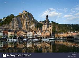 Fluss Meuse Dinant Namur Wallonien Belgien Stockfoto  Bild  13427807